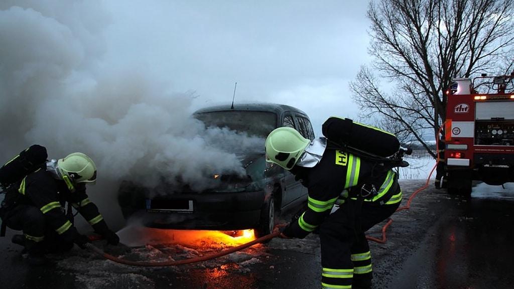 automobile crash smoke fire